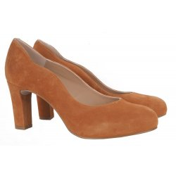 Unisa NOTES pumps i cognac farvet ruskind