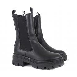 Tamaris 25498 halvlang støvle i sort skind med chunky såler